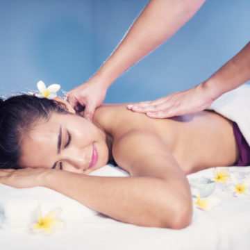 body-care-treatment-by-thai-oil-massage_33842-1967